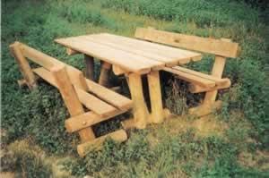 Tavoli Da Giardino Legno Rustici.Tavoli E Panche In Legno Rustici Panca 010 Set Tavoli E Panche